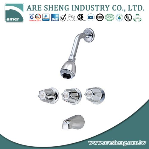 Tub & shower faucet with three metal handles, zinc spout D09-003-3